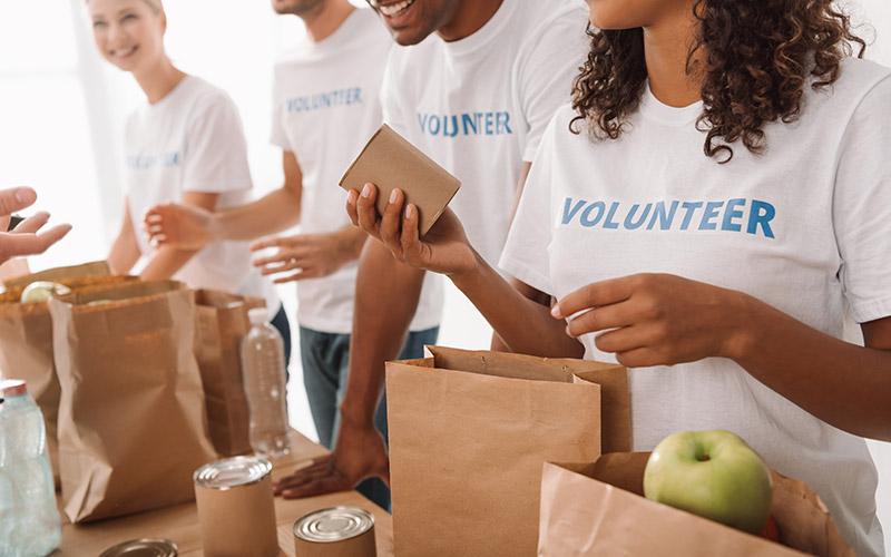 Corporate_Group-Volunteering